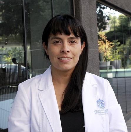 Dra. Ofelia Leiva V.