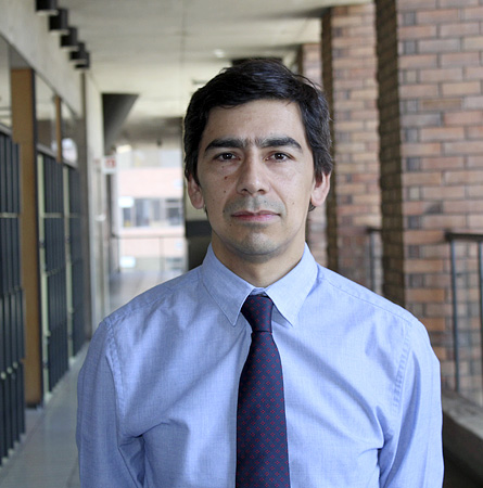 Dr. Mauricio Soto