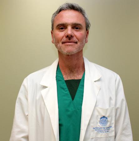 Dr. Alejandro Delfino Y.