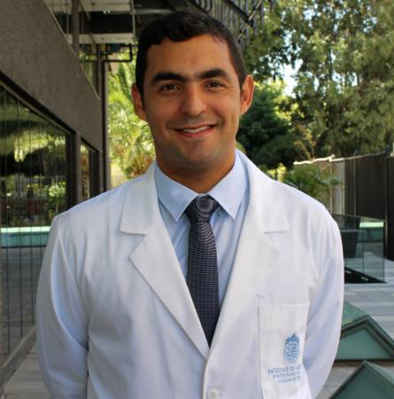 Dr. Cristián Ruz L.
