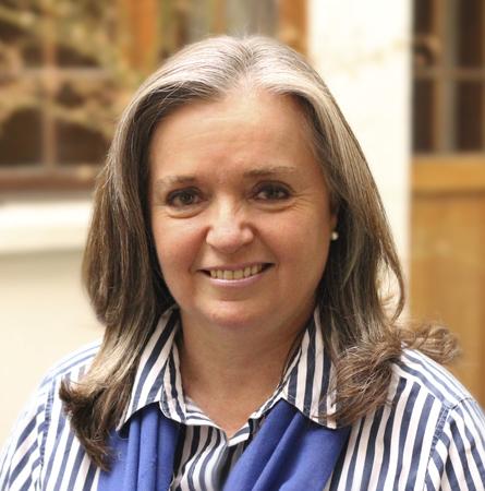 Dra. Trinidad Hoyl M.