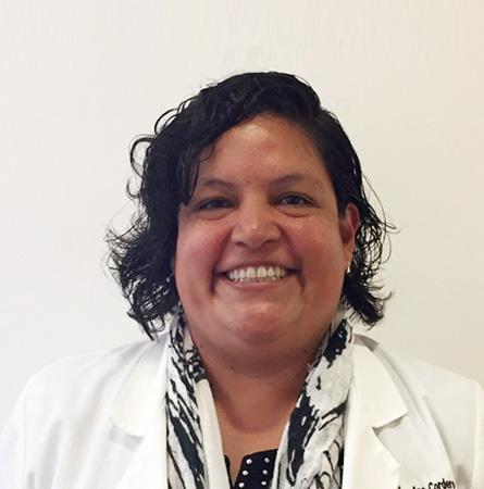 Dra. Mary Ana Cordero