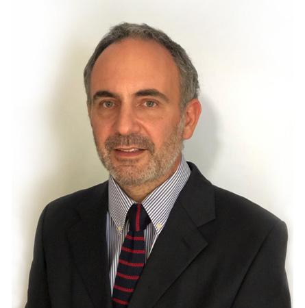 Dr. Álvaro Cuadra